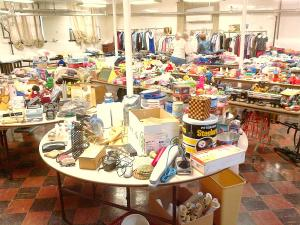 Central - Rummage Sale 4 - 8-14-2013