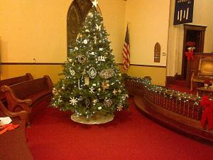 Central Church's Chrismon Tree