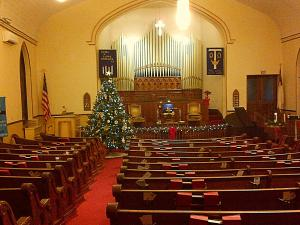 Central Church's Sanctuary Decorated for Christmas